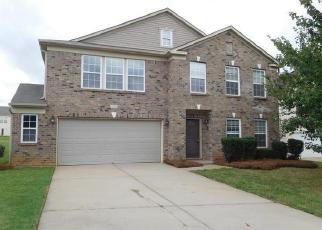 Foreclosed Home in FARM SPRINGS DR, Mount Holly, NC - 28120