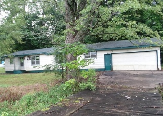 Foreclosed Home en COUNTY ROAD 657, Cape Girardeau, MO - 63701