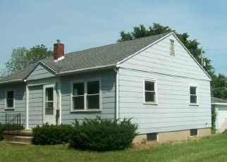 Foreclosed Home in E GRANT ST, Watseka, IL - 60970