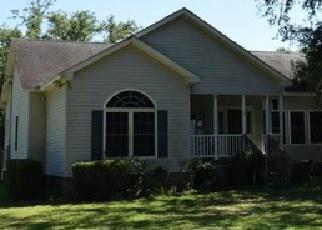Foreclosed Home en BULL CORNER RD, Yemassee, SC - 29945