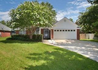 Foreclosed Home in ELEANOR CT, Fairhope, AL - 36532