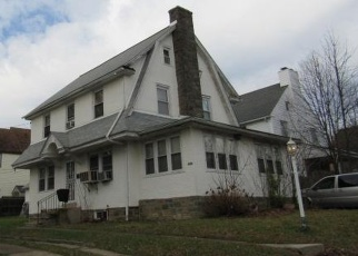 Foreclosed Home en NETHERWOOD RD, Upper Darby, PA - 19082