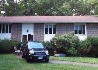 Foreclosed Home en LATIMER DR, East Lyme, CT - 06333