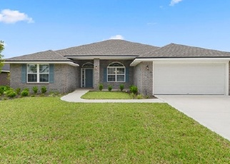 Foreclosed Home en LUMBER CREEK BLVD, Yulee, FL - 32097