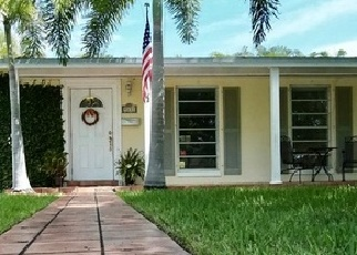 Foreclosed Home in SW 180TH ST, Miami, FL - 33157