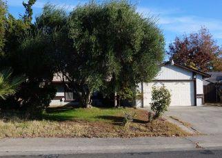 Foreclosed Home en DONCREST LN, North Highlands, CA - 95660