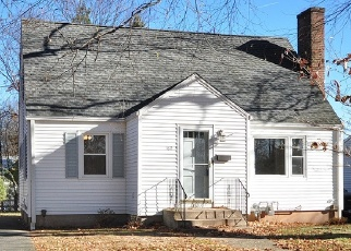 Foreclosed Home in HUBBARD RD, Hartford, CT - 06114