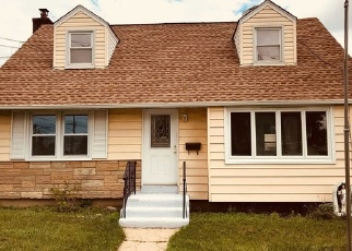Foreclosed Home in EMMA PL, Franklin Square, NY - 11010