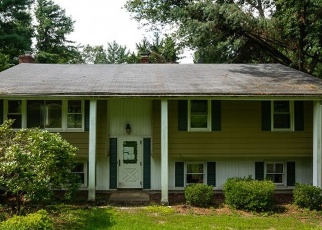 Foreclosed Home in PROSPECT CT, Brookfield, CT - 06804