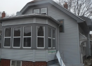 Foreclosed Home en N 56TH ST, Milwaukee, WI - 53208