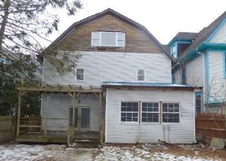 Foreclosed Home en COLFAX AVE, Scranton, PA - 18510