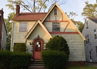 Foreclosed Home en NAVAHOE RD, Cleveland, OH - 44121