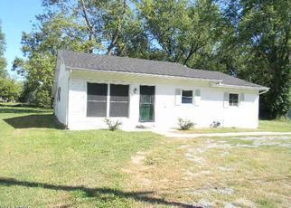 Foreclosed Home in E MAIN ST, Du Quoin, IL - 62832
