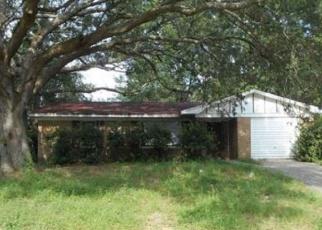 Foreclosed Home en MONPELLIER DR, Pensacola, FL - 32505