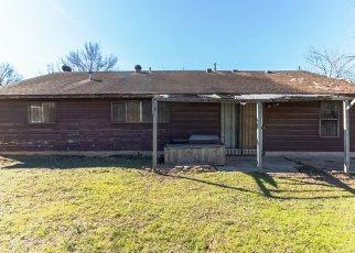 Foreclosed Home in MEADOWOOD DR, Austin, TX - 78723