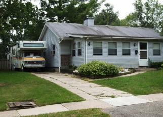 Foreclosed Home in HOLLYWOOD ST NE, Grand Rapids, MI - 49505