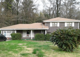 Foreclosed Home en KATHERINE VALLEY RD, Decatur, GA - 30032