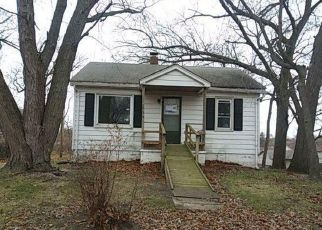 Foreclosed Home in WARRICK ST, Lake Station, IN - 46405