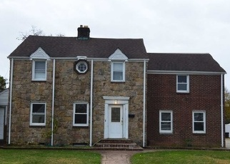 Foreclosed Home in ANGEVINE AVE, Hempstead, NY - 11550