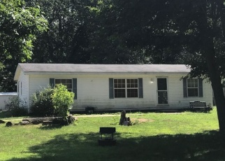 Foreclosed Home in DEEP WOODS DR, Lawton, MI - 49065