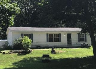 Foreclosed Home en DEEP WOODS DR, Lawton, MI - 49065