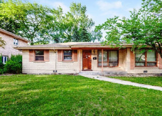 Foreclosed Home en GREGORY DR, Chicago Heights, IL - 60411