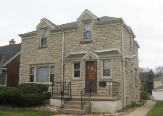 Foreclosed Home in N 52ND ST, Milwaukee, WI - 53216