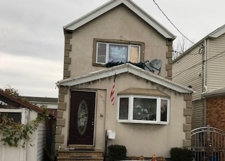 Foreclosed Home en 87TH DR, Jamaica, NY - 11435