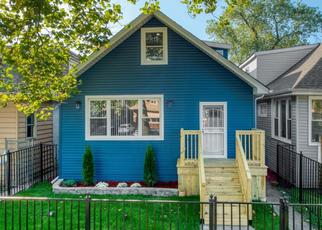 Foreclosed Home en S OGLESBY AVE, Chicago, IL - 60649