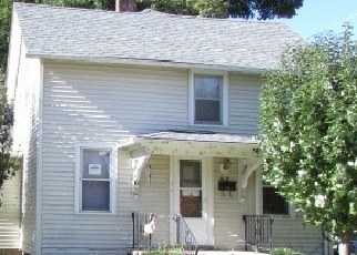 Foreclosed Home en S JACKSON ST, Elgin, IL - 60123