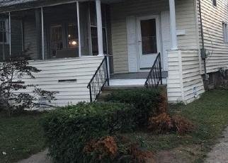 Foreclosed Home in WINNETT ST, Hamden, CT - 06517