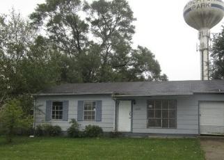Foreclosed Home en BIRCHWOOD RD, Richton Park, IL - 60471
