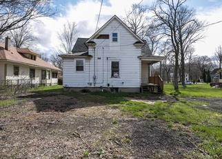 Foreclosed Home en PINE ST, Three Rivers, MI - 49093