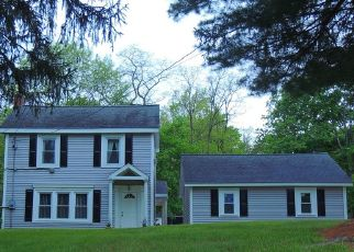 Foreclosed Home en MANCHESTER RD, Poughkeepsie, NY - 12603