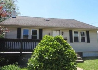 Foreclosed Home en W 12TH ST, Marcus Hook, PA - 19061