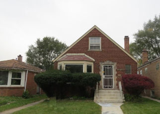Foreclosed Home en S EMERALD AVE, Riverdale, IL - 60827