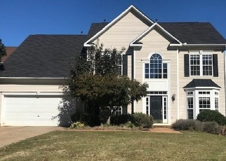 Foreclosed Home en SILVERTHORN CT, Simpsonville, SC - 29681