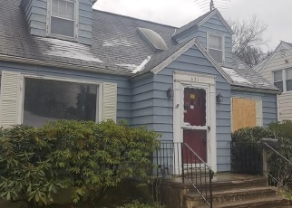 Foreclosed Home en FAIRVIEW AVE, Bridgeport, CT - 06606