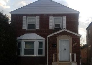Foreclosed Home en S HAMILTON AVE, Chicago, IL - 60620
