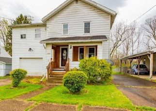 Foreclosed Home en CHURCH ST, Indiana, PA - 15701