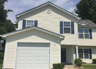 Foreclosed Home in VALLEY RIDGE RD, Charlotte, NC - 28214