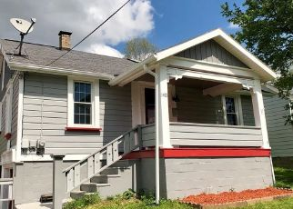 Foreclosed Home en FLORIDA AVE, Johnstown, PA - 15902