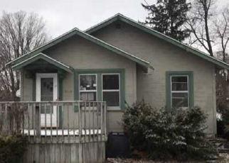 Foreclosed Home in SUNNYSIDE DR, Elkhart, IN - 46516