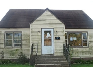 Foreclosed Home en W 24TH ST, Chicago Heights, IL - 60411