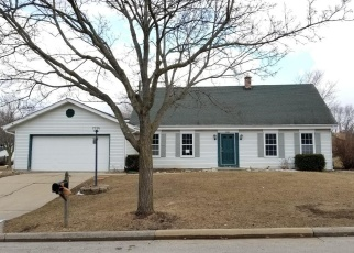 Foreclosed Home en GRAYFOX CT, Waukesha, WI - 53188