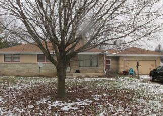 Foreclosed Home en WILSON DR, Brookfield, WI - 53005
