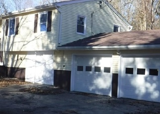 Foreclosed Home en STURTEVANT ST, Norwich, CT - 06360