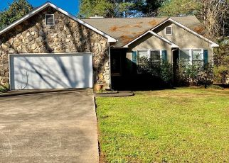 Foreclosed Home en MADISON SHORES DR, Westminster, SC - 29693
