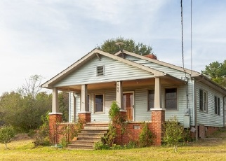 Foreclosed Home en E PRESTON MCDANIEL RD, Pickens, SC - 29671
