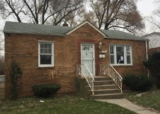 Foreclosed Home en OAKDALE AVE, Harvey, IL - 60426